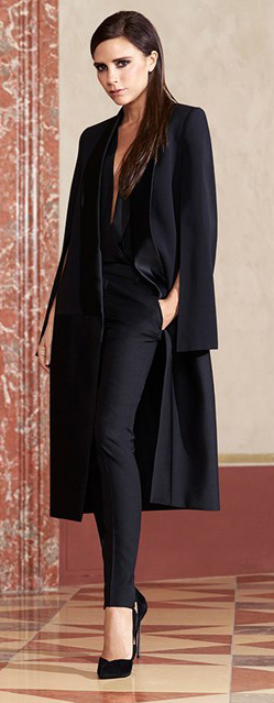 black-slim-pants-black-top-blouse-black-jacket-coat-mono-black-shoe-pumps-victoriabeckham-brun-fall-winter-dinner.jpg
