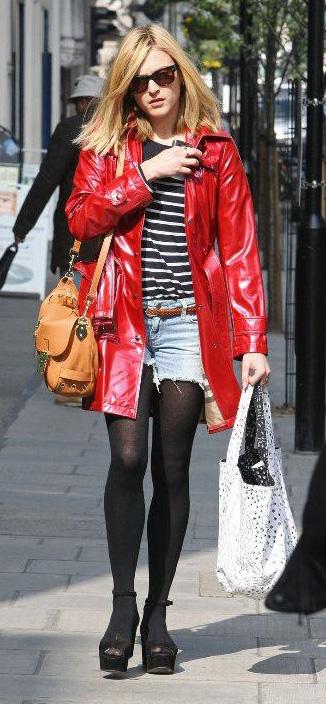 blue-light-shorts-cutoff-denim-belt-black-sweater-stripe-red-jacket-coat-cognac-bag-black-tights-black-shoe-sandalw-sun-fearnecotton-fall-winter-blonde-lunch.jpg