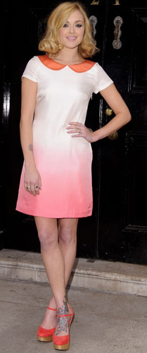 r-pink-light-dress-orange-shoe-sandalw-mini-wear-style-fashion-spring-summer-fearnecotton-celebrity-night-blonde-dinner.jpg