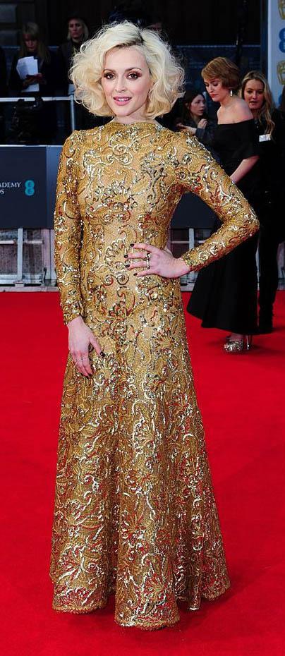 yellow-dress-gown-sparkle-longsleeve-fearnecotton-fall-winter-blonde-elegant.jpg