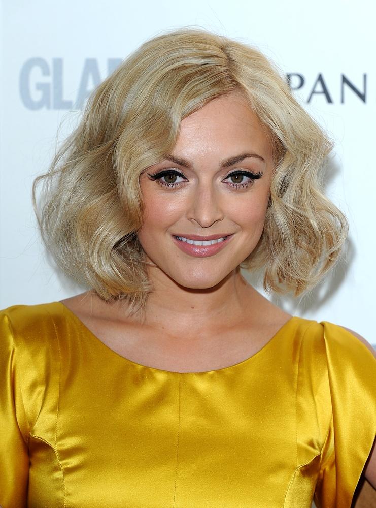 hair-makeup-fearnecotton-blonde-bob-wavy.jpg