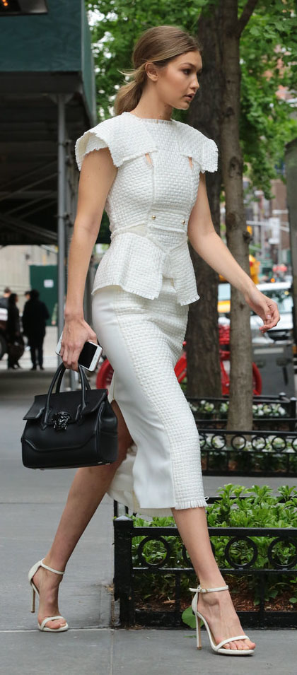 white-midi-skirt-white-top-black-bag-pony-gigihadid-wear-outfit-spring-summer-fashion-style-white-shoe-sandalh-celebrity-blonde-work.jpg