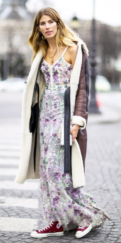 purple-light-dress-maxi-floral-print-red-shoe-sneakers-converse-shearling-brown-jacket-coat-fall-winter-blonde-weekend.jpg
