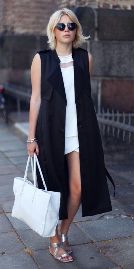 white-dress-minni-gray-shoe-sandals-silver-metallic-white-bag-tote-sun-blonde-black-vest-utility-trench-spring-summer-weekend.jpg