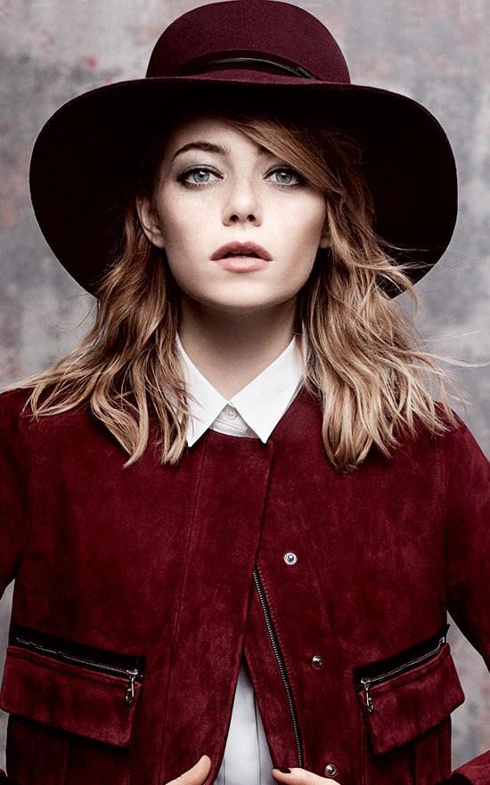 what-to-wear-round-face-shape-style-haircut-sunglasses-hat-earrings-jewelry-emmastone-wavy-red.jpg