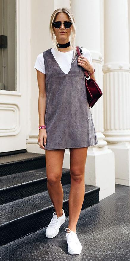 grayl-dress-jumper-white-tee-layer-choker-blonde-sun-burgundy-bag-white-shoe-sneakers-spring-summer-weekend.jpg