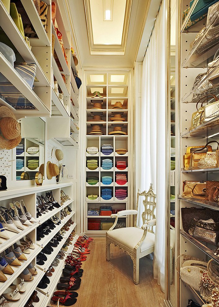 how-to-organize-your-clothes-wardrobe-storage-shelves-handbags-shoes-folded.jpg