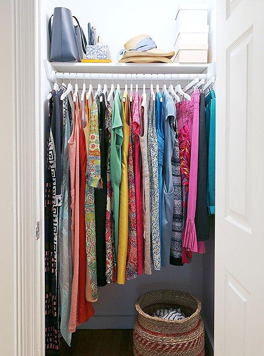how-to-organize-your-clothes-wardrobe-storage-shelves-handbags-shoes-folded-konmari-method-marie-kondo.jpg