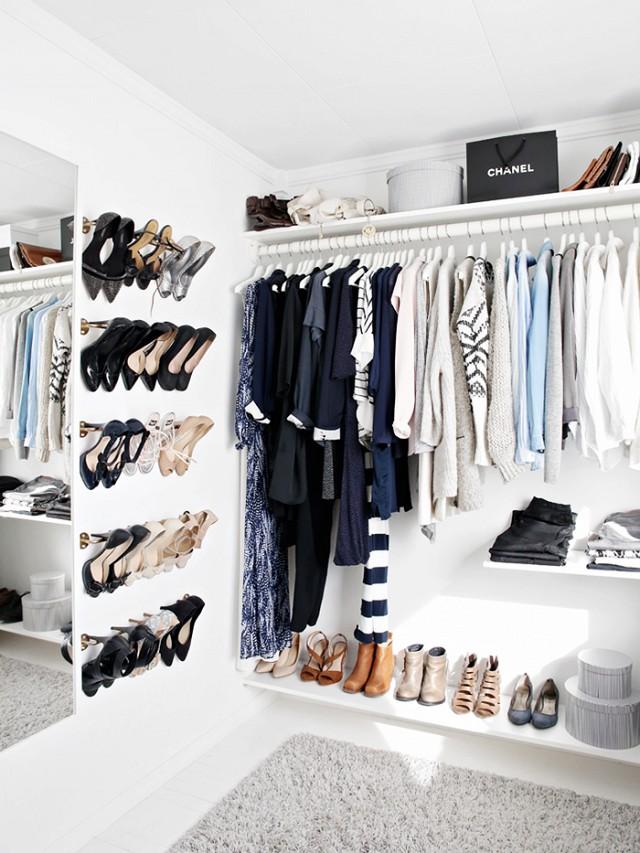 how-to-organize-your-clothes-wardrobe-storage-shelves-handbags-shoes-folded-konmarie-method-light-to-dark.jpg
