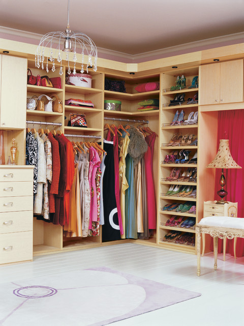 how-to-organize-your-clothes-wardrobe-storage-shelves-handbags-shoes-folded-space.jpg