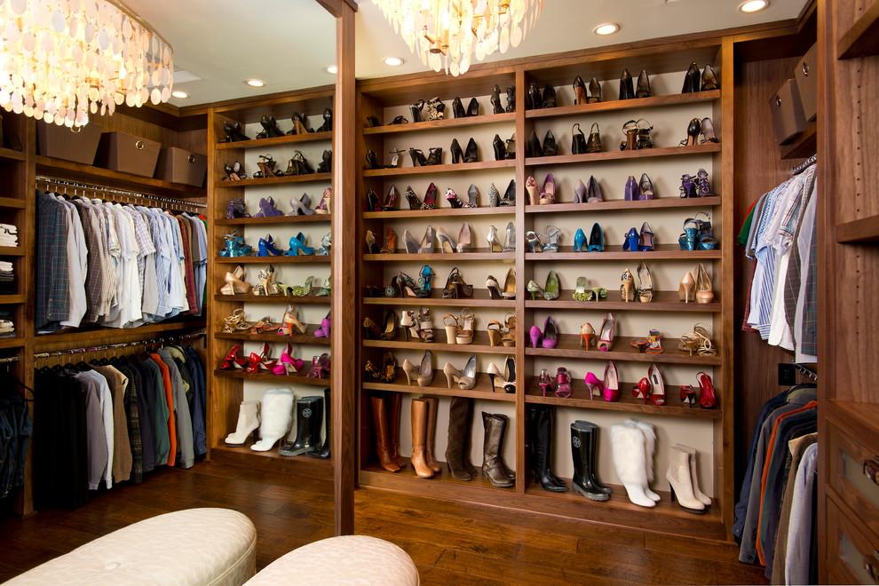 how-to-organize-your-clothes-wardrobe-storage-shelves-handbags-shoes-folded-pretty-walkin-dressing-room.jpg