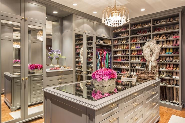 how-to-organize-your-clothes-wardrobe-storage-shelves-handbags-shoes-folded-pretty-walkin-dressing-room-gray-chandelier-island.jpg