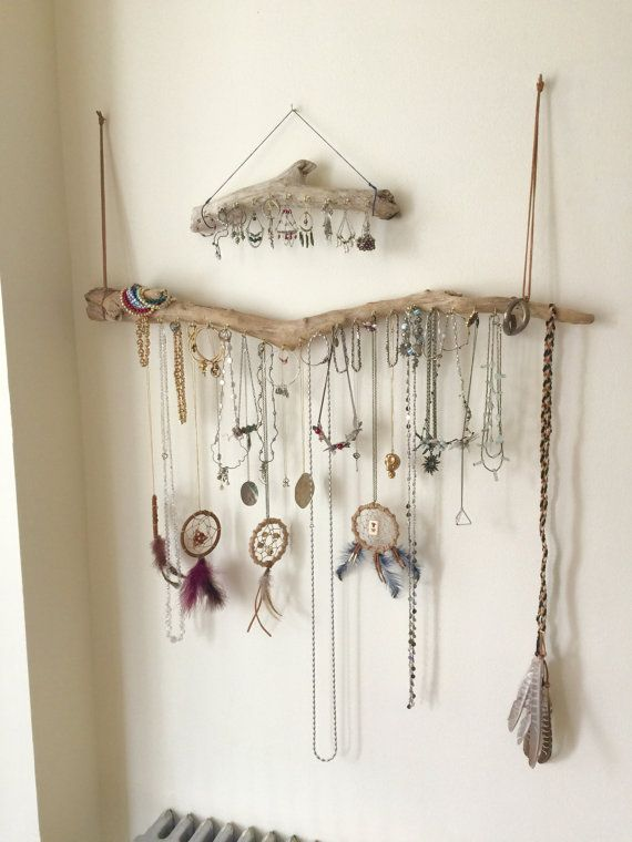 pretty-display-how-to-organize-jewelry-closet-wardrobe-earrings-rings-necklaces-storage-hang-up.jpg