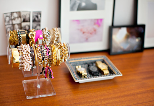 dresser-top-how-to-organize-jewelry-closet-wardrobe-earrings-rings-necklaces-storage-holder.jpg