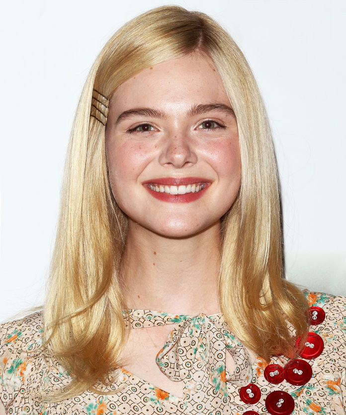 how-to-style-hair-accessories-bobby-pin-hairstyles-ways-to-wear-ellefanning-side-blonde.jpg