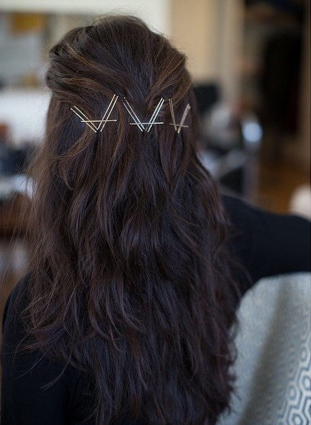 how-to-style-hair-accessories-bobby-pin-hairstyles-ways-to-wear-bobbypinhair-instagram-salonleah.jpg