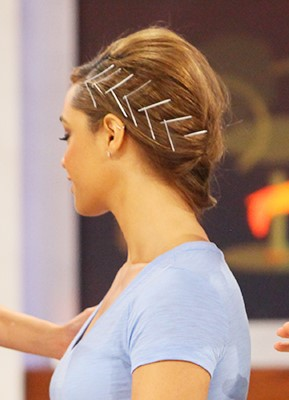 how-to-style-hair-accessories-bobby-pin-hairstyles-ways-to-wear-chevron-pins.jpg