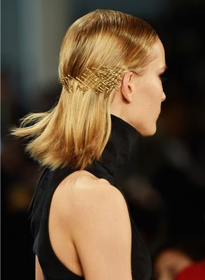 how-to-style-hair-accessories-bobby-pin-hairstyles-ways-to-wear-blonde-gold.jpg