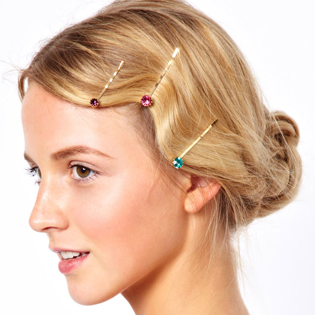 how-to-style-hair-accessories-bobby-pin-hairstyles-ways-to-wear-flower-bun-.jpg