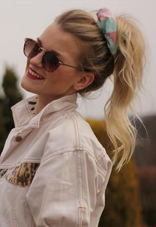 how-to-style-hair-accessories-scrunchies-hairstyles-ways-to-wear-ponytail-high-print-blonde.jpg