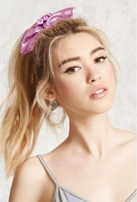 how-to-style-hair-accessories-scrunchies-hairstyles-ways-to-wear-ponytail-pink-bow-high.jpg
