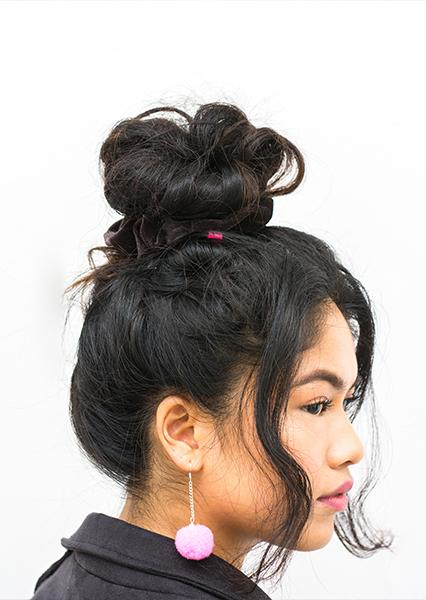 how-to-style-hair-accessories-scrunchies-hairstyles-ways-to-wear-ponytail-big-bun-messy.jpg
