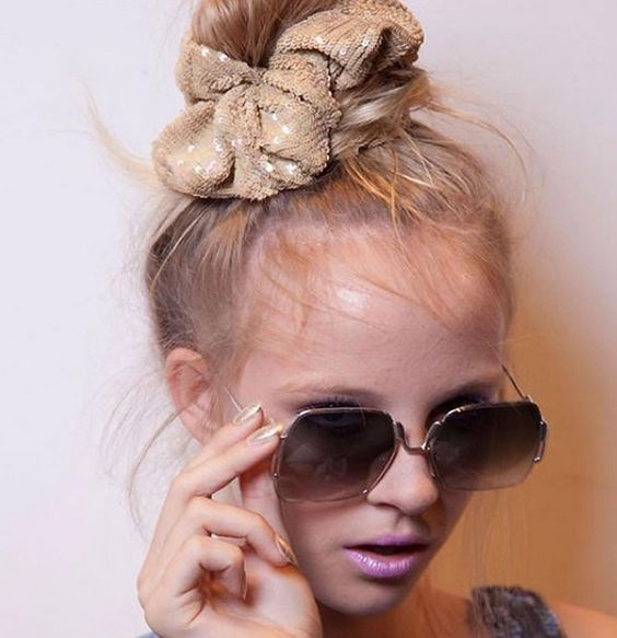 how-to-style-hair-accessories-scrunchies-hairstyles-ways-to-wear-ponytail-gold-messy.jpg