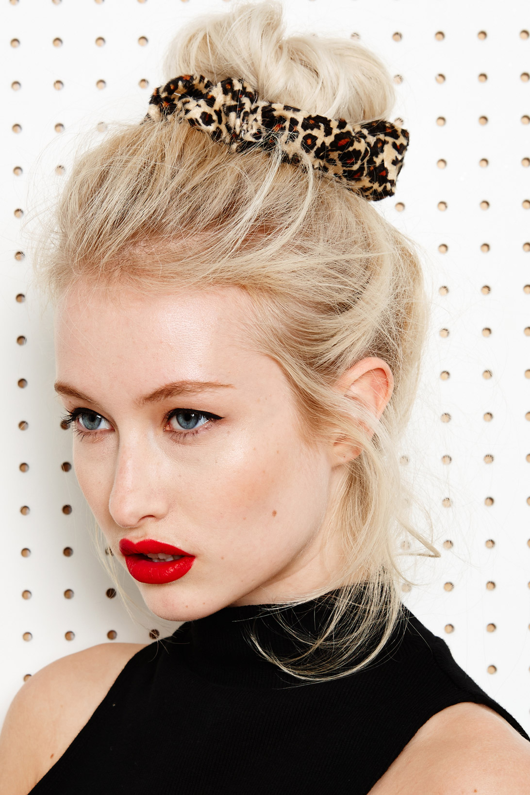 how-to-style-hair-accessories-scrunchies-hairstyles-ways-to-wear-ponytail-high-bun-messy-leopard.jpg