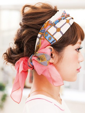 how-to-style-hair-accessories-scarf-scarves-bandana-silk-tied-headband-chic-cute-messy-bow-pink.jpg