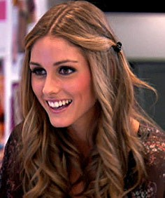how-to-style-hair-accessories-claw-clips-butterfly-banana-mini-oliviapalermo-side-twists.jpg