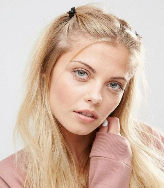 how-to-style-hair-accessories-claw-clips-butterfly-banana-mini-sidetwists-2000.jpg