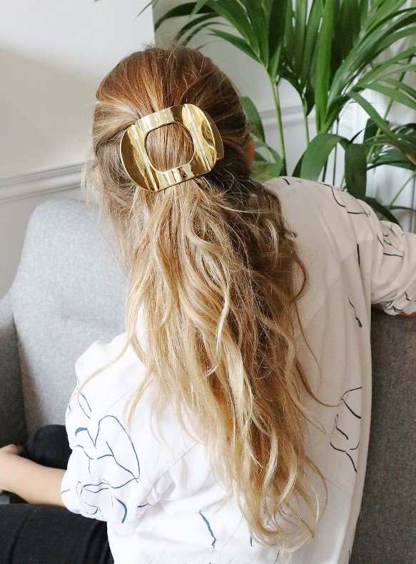 how-to-style-hair-accessories-claw-clips-butterfly-banana-mini-half.jpg