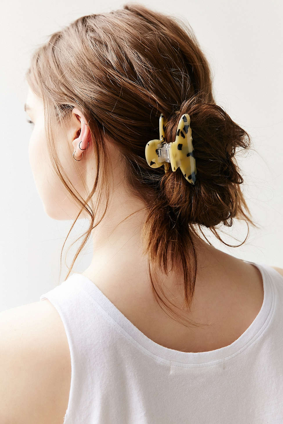 how-to-style-hair-accessories-claw-clips-butterfly-banana-mini-messy-bun-low.jpg