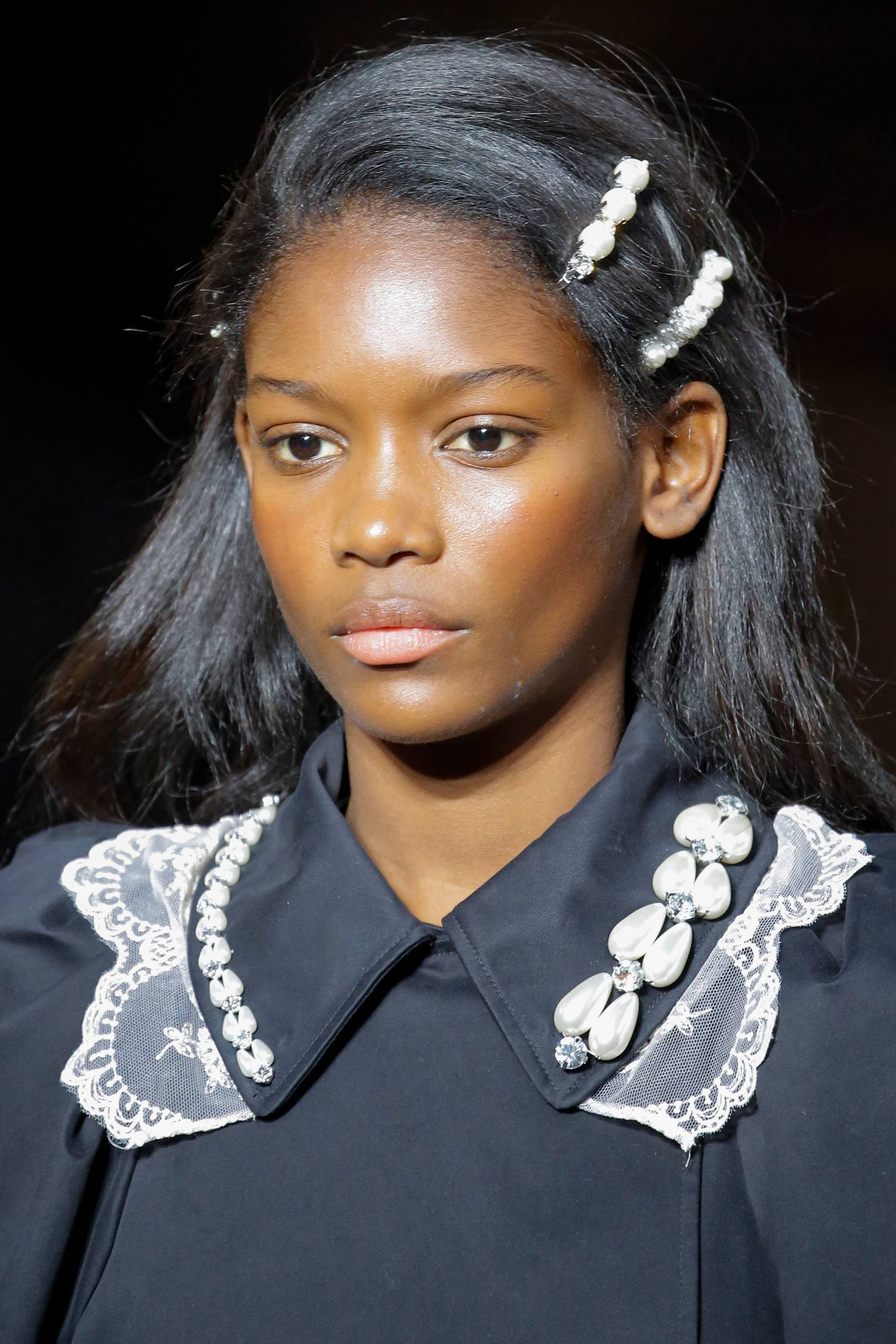 one-side-how-to-style-hair-accessories-clip-barrettes-runway-pearl-double-lob.jpg