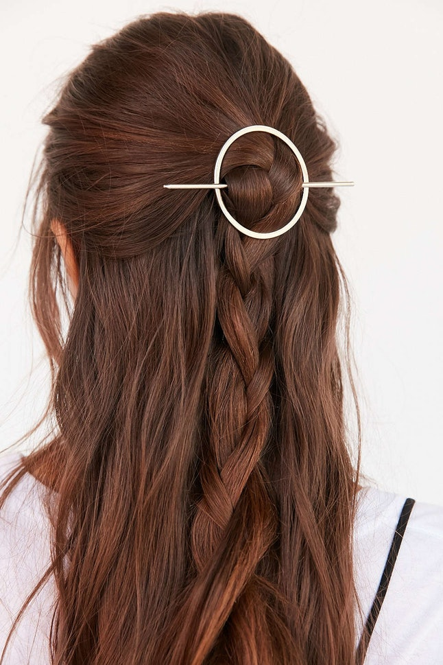 half-up-how-to-style-hair-accessories-clip-barrettes-circle-braid-casual-weekend.jpg