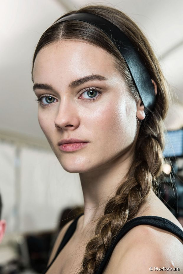 medium-how-to-style-hair-accessories-headbands-hairstyles-ways-to-wear-side-braid-with-a-headband.jpg