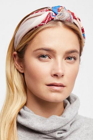 medium-how-to-style-hair-accessories-headbands-hairstyles-ways-to-wear-turban-printed-blonde.jpg