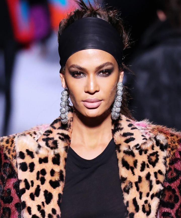wide-how-to-style-hair-accessories-headbands-hairstyles-ways-to-wear-black-runway-oversized-hoops-fall-winter-leopard.jpg