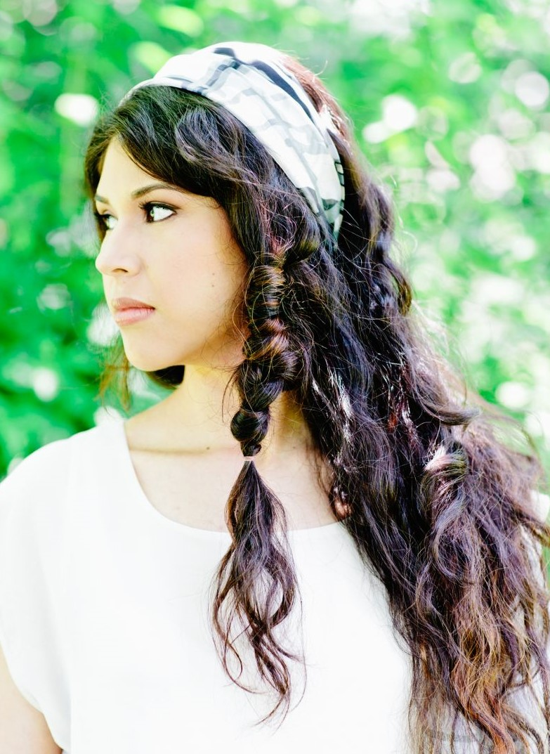 wide-how-to-style-hair-accessories-headbands-hairstyles-ways-to-wear-casual-brunette.jpg