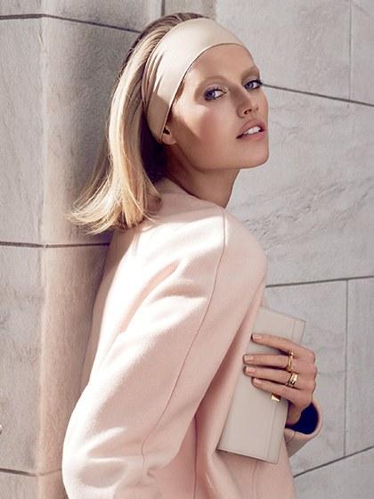 wide-how-to-style-hair-accessories-headbands-hairstyles-ways-to-wear-sleek-monochromatic-lob-blonde-straight.jpg