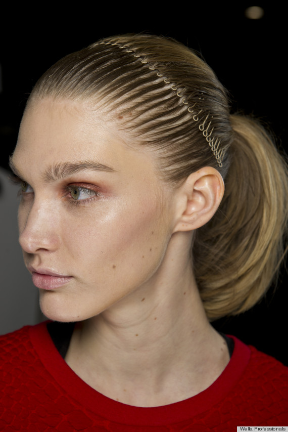 comb-how-to-style-hair-accessories-headbands-hairstyles-ways-to-wear-fall-winter-blonde.jpg