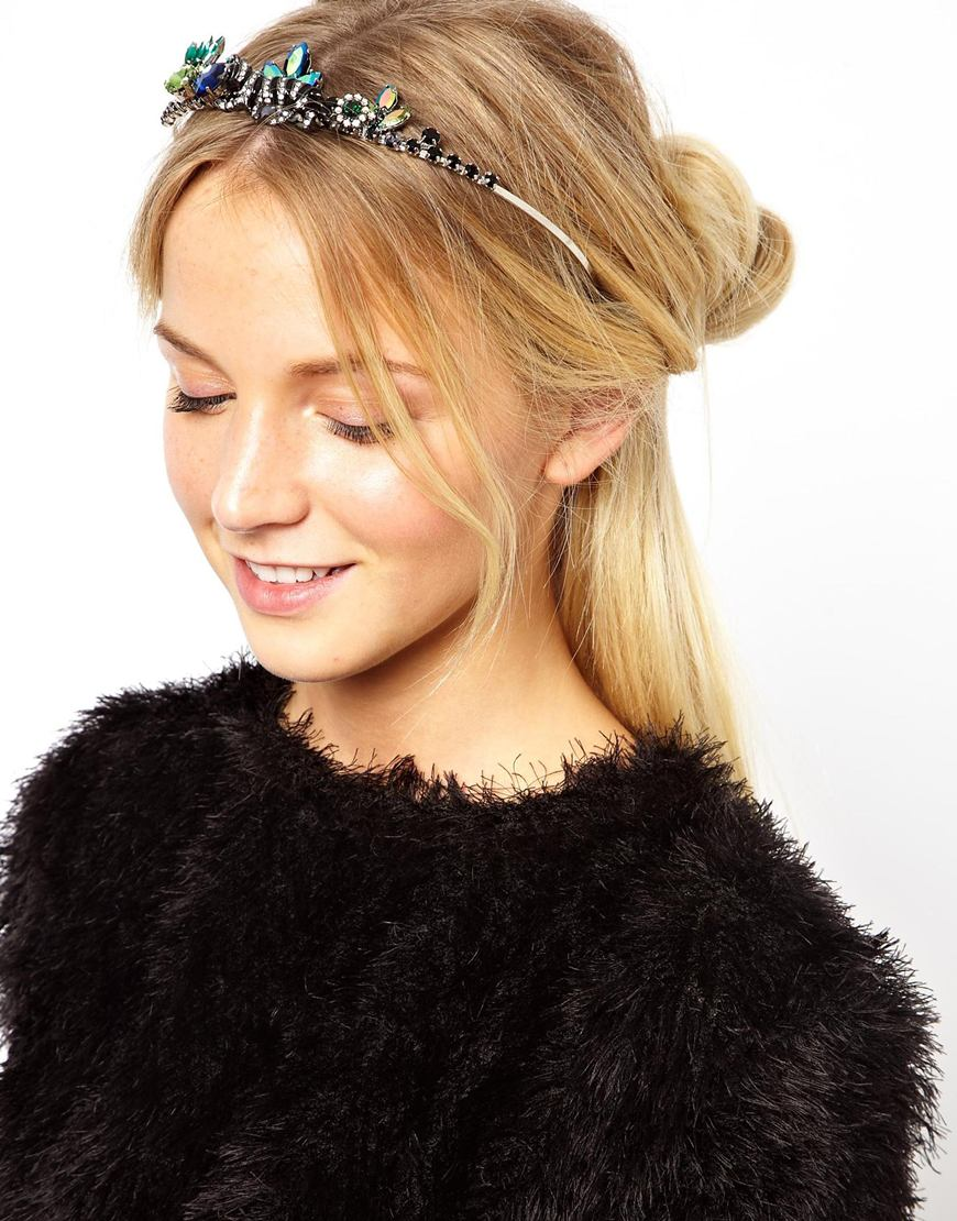 crowns-how-to-style-hair-accessories-headbands-hairstyles-ways-to-wear-jeweled-party-updo-blonde-dressy-tiara.jpeg