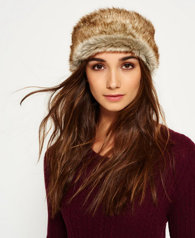 fur-how-to-style-hair-accessories-headbands-hairstyles-ways-to-wear-winter-fur-earwarmer.jpg