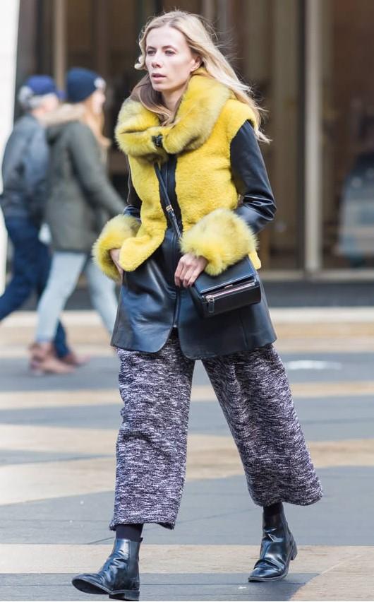 black-jacket-coat-leather-yellow-fur-black-shoe-booties-blonde-fall-winter-thanksgiving-outfits-weekend.jpg