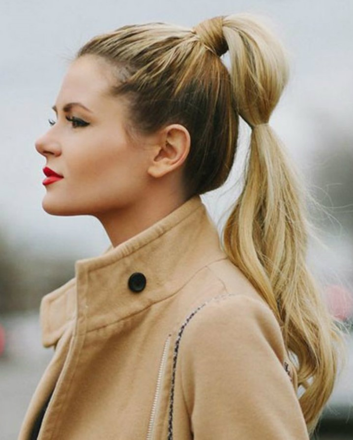 hairstyle-for-thanksgiving-fall-autumn-high-ponytail-blonde-long.jpg
