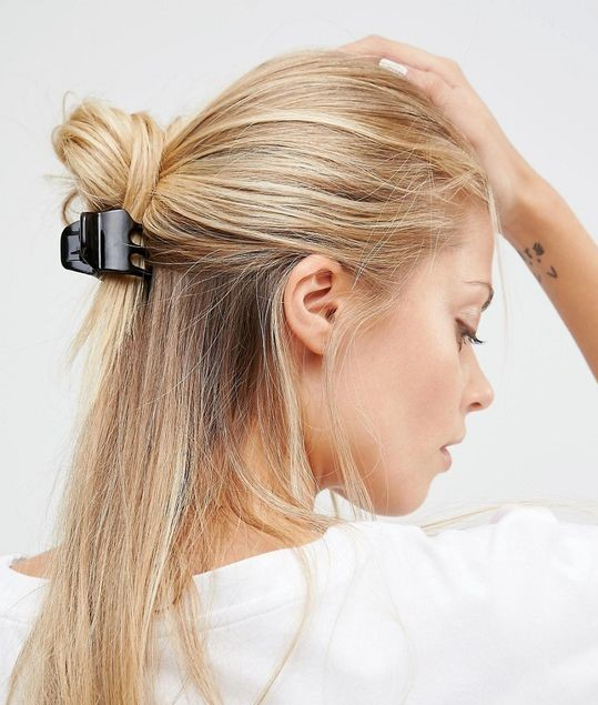 how-to-style-hair-accessories-claw-clips-butterfly-banana-blonde-half-up-messy-bun.jpg