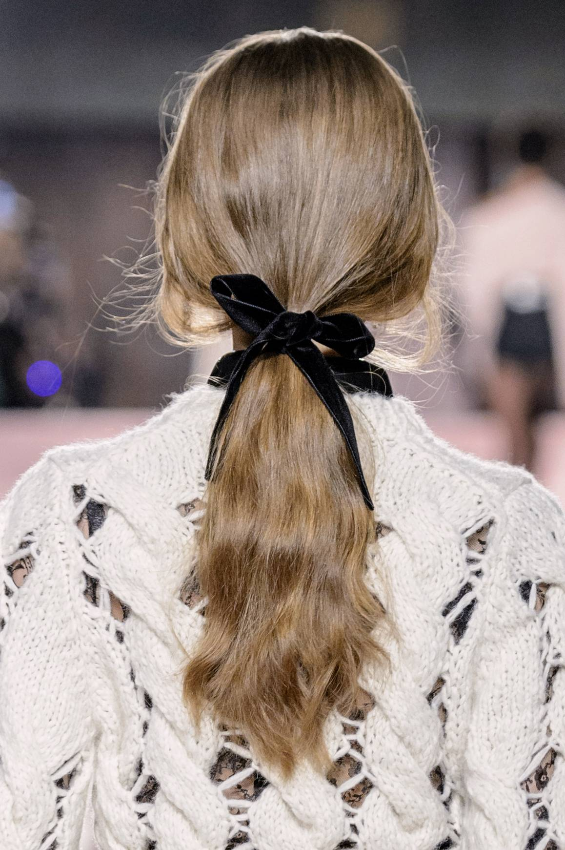 hair-styles-what-to-wear-christmas-day-dinner-holiday-outfits-winter-ribbon-ponytail.jpg