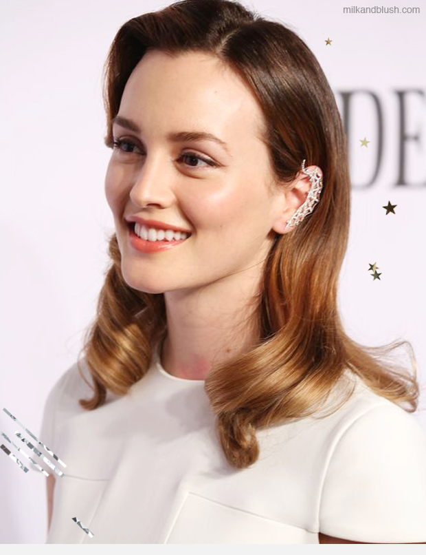 hair-styles-what-to-wear-christmas-day-dinner-holiday-outfits-winter-side-part-sleek-waves.jpg
