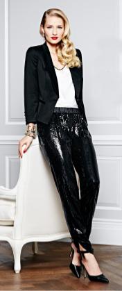 black-joggers-pants-sequin-white-top-black-jacket-blazer-bracelet-black-shoe-pumps-blonde-whitehouseblackmarket-holiday-howtowear-fashion-style-outfit-fall-winter-dinner.jpg
