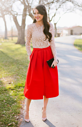 red-midi-skirt-o-tan-top-lace-black-bag-clutch-tan-shoe-pumps-brun-necklace-howtowear-fashion-style-outfit-fall-winter-holiday-christmas-dinner.jpg